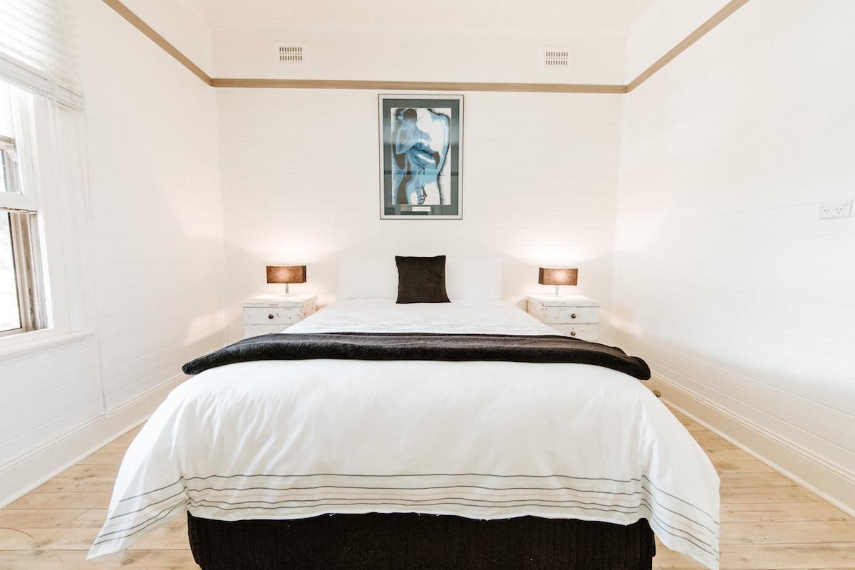 circa-1890-bedroom